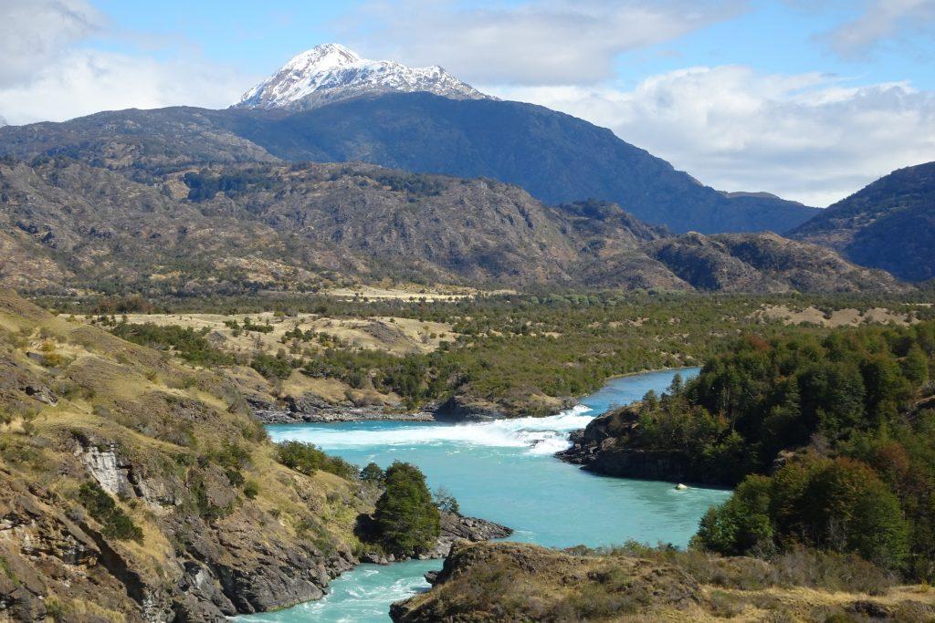 Confluencia rios Baker y Neff