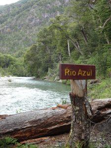Río Azul, Cartelería