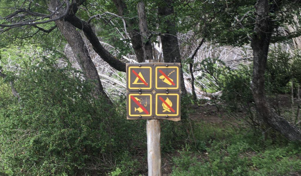 Prohibiciones en Laguna Escondida