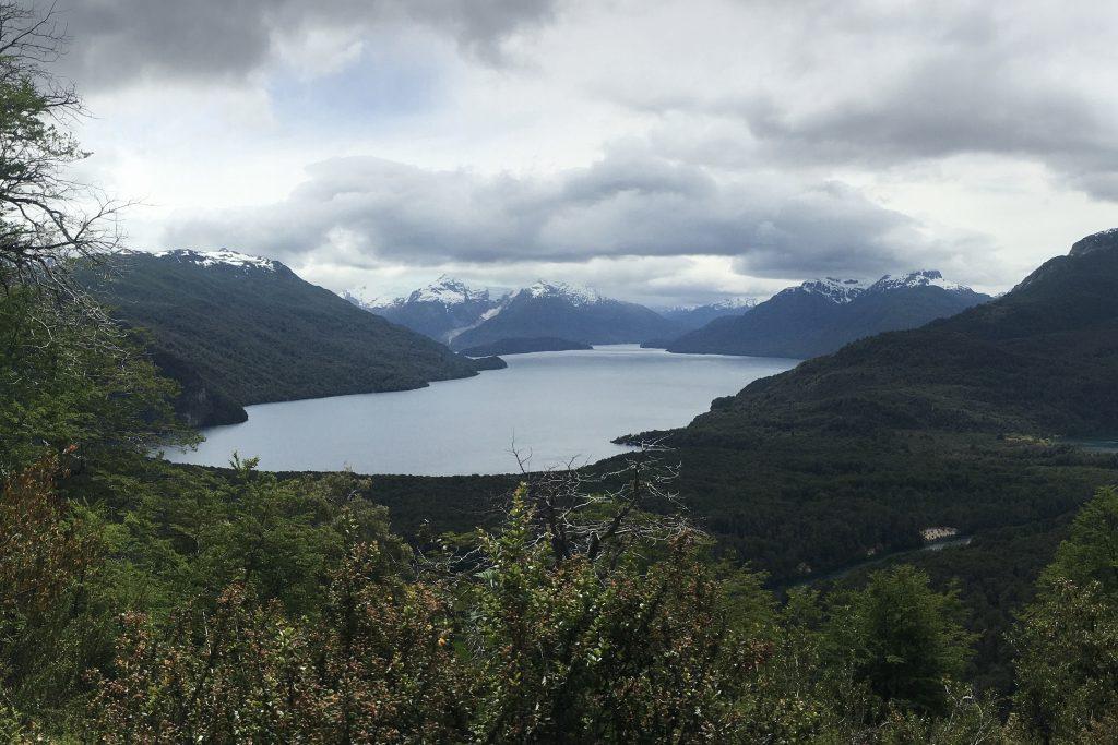 Vista del Lago Menendez